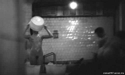 zhenskiy-tyurma-skritiy-kamera